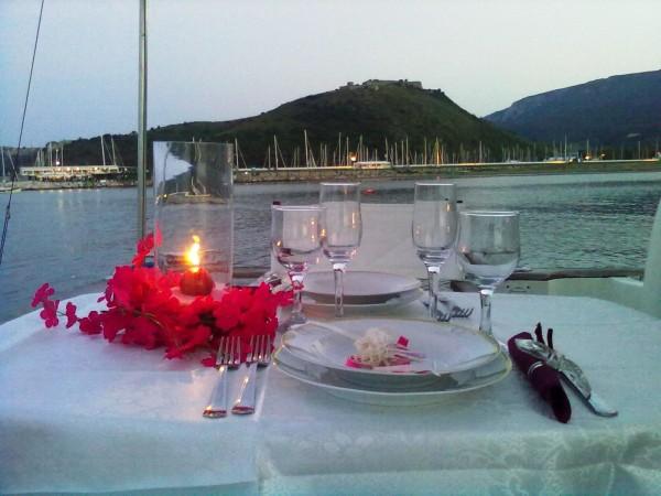 cena in barca lago di garda feste in barca lago di garda