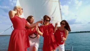 Festa della donna in barca lago di Garda