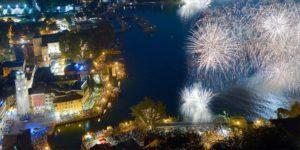 Fuochi d'artificio sul lago di Garda
