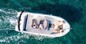 Noleggio barche con conducente lago di Garda