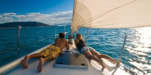 Offerte Pasqua in barca lago di Garda